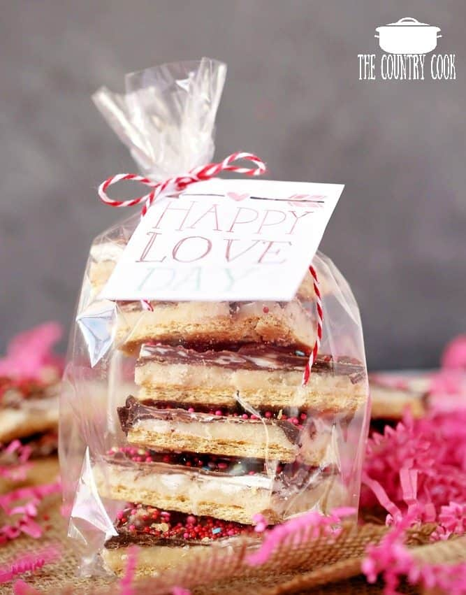 Valentine's Day Graham Cracker Toffee printable gifts