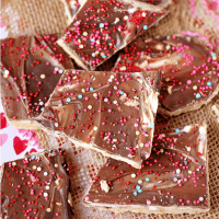Valentine's Day No Bake Graham Cracker Toffee