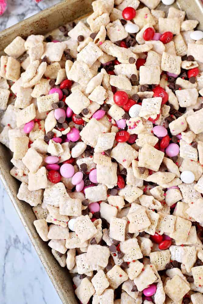 Valentine's Day Muddy Buddy Chex Mix recipe