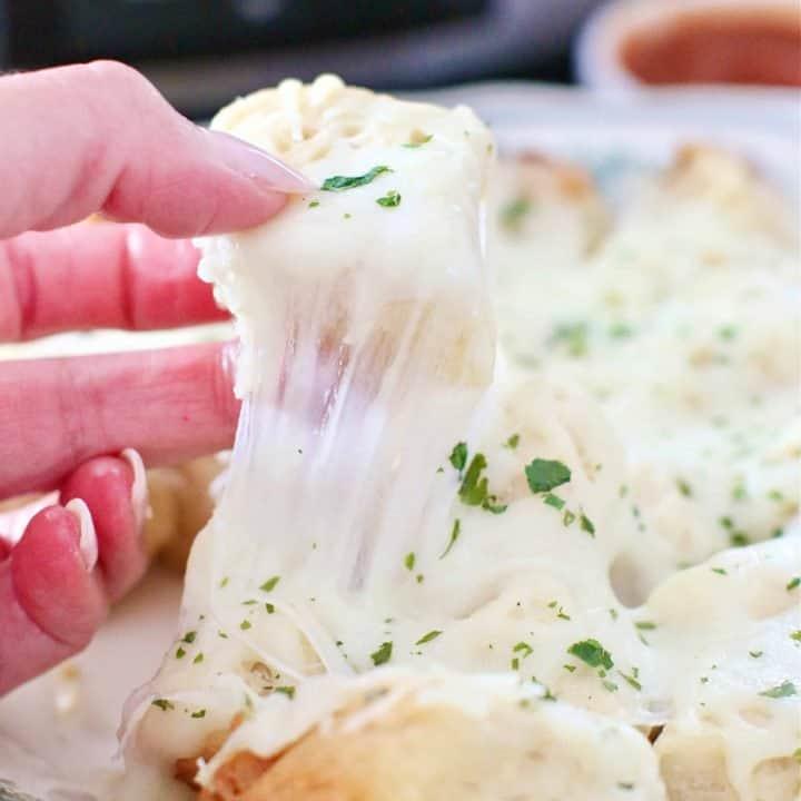 Crock Pot Cheesy Garlic Pull Apart Bread