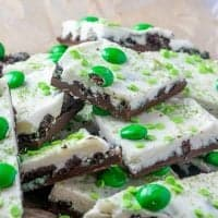 St. Patrick's Day No-Bake Oreo Bark recipe