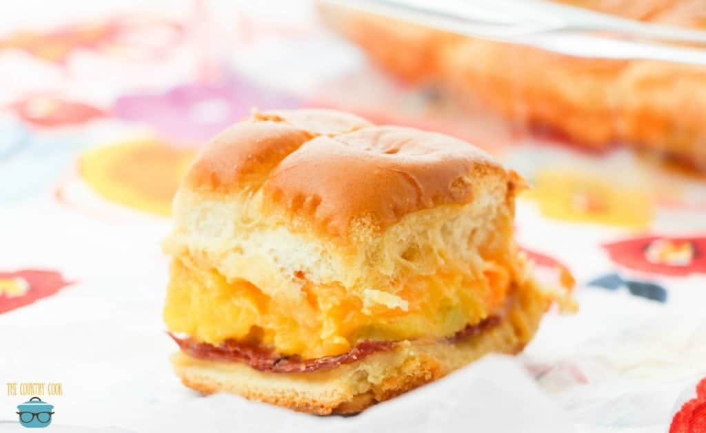 Breakfast Sliders with ham, egg and cheese