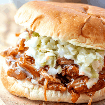 Instant Pot Pulled Pork BBQ