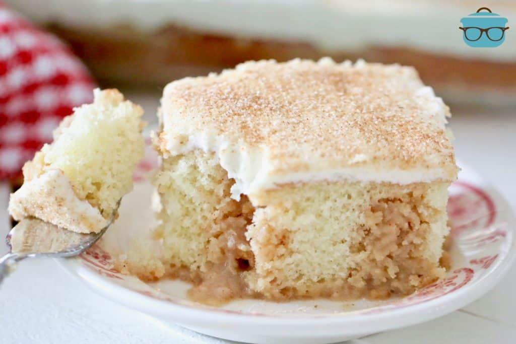 slice, Cinnamon Roll Poke Cake