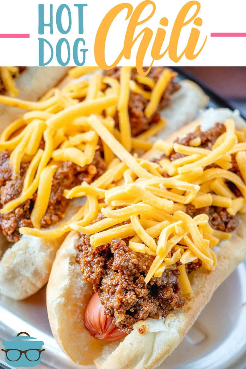 Southern Style Homemade Hot Dog Chili is made with ground beef, garlic, beef broth, tomato sauce and seasonings (no beans!) So much flavor! #hotdogchili #slowcooker
