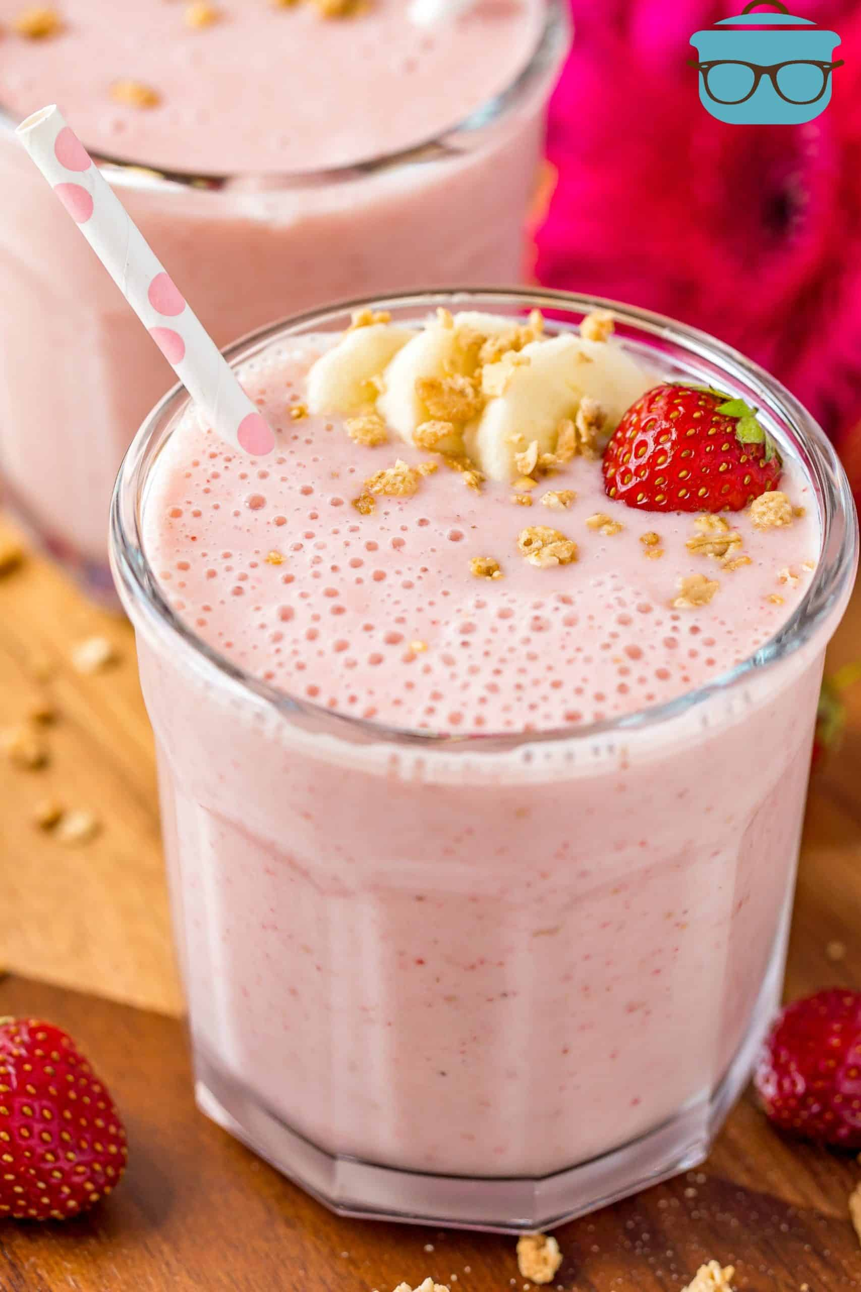 The Best Strawberry Banana Smoothie The Country Cook
