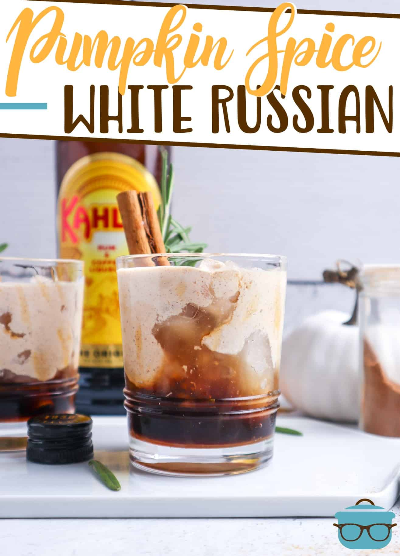 This Pumpkin Spice White Russian is the best autumn cocktail! Simple to make but so impressive. A warm, creamy fall-inspired drink!