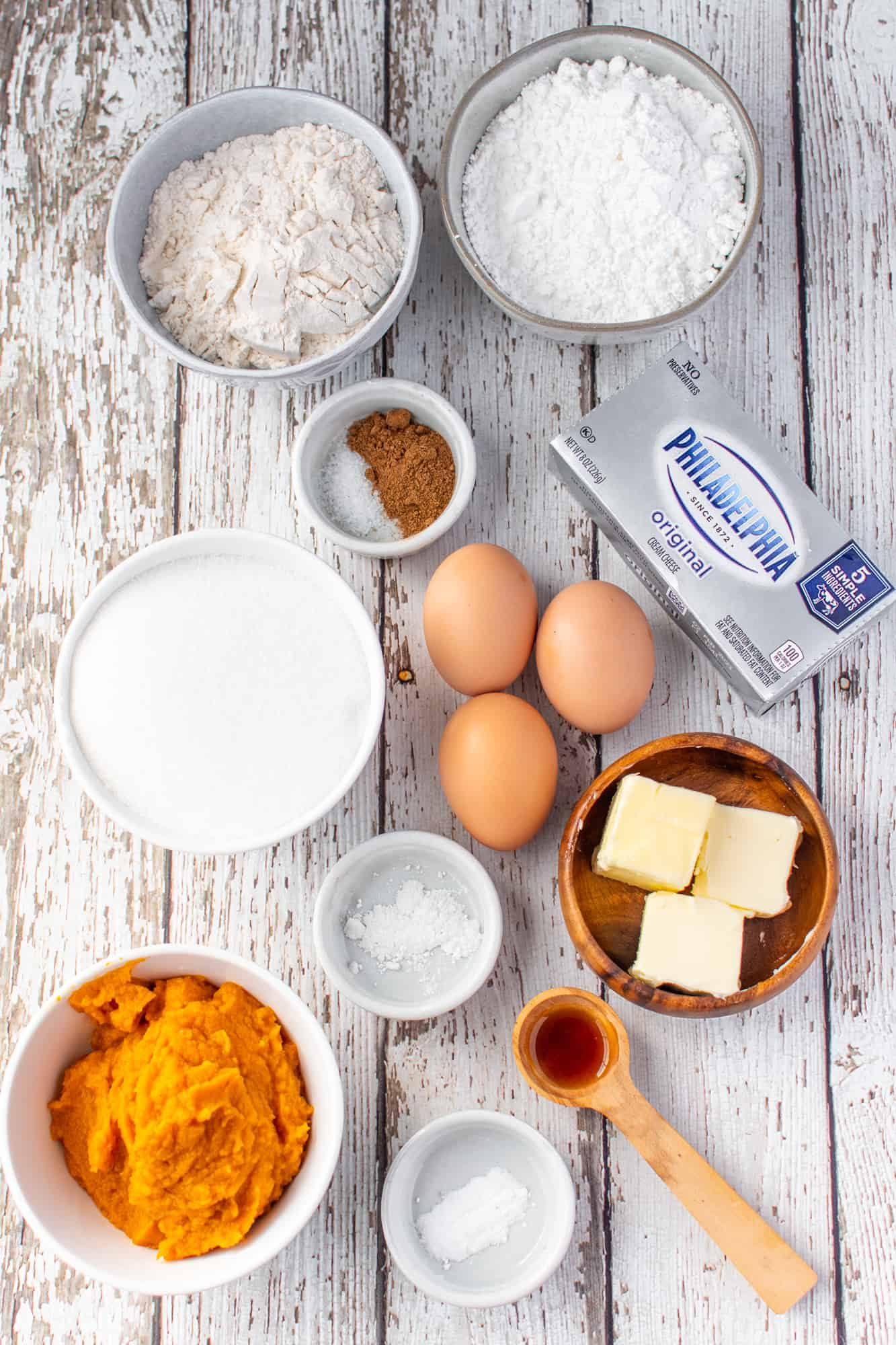 all-purpose flour, baking powder, baking soda, PUMPKIN PIE SPICE, large eggs, white sugar, PURE pumpkin, cream cheese, powdered sugar, butter, vanilla extract.