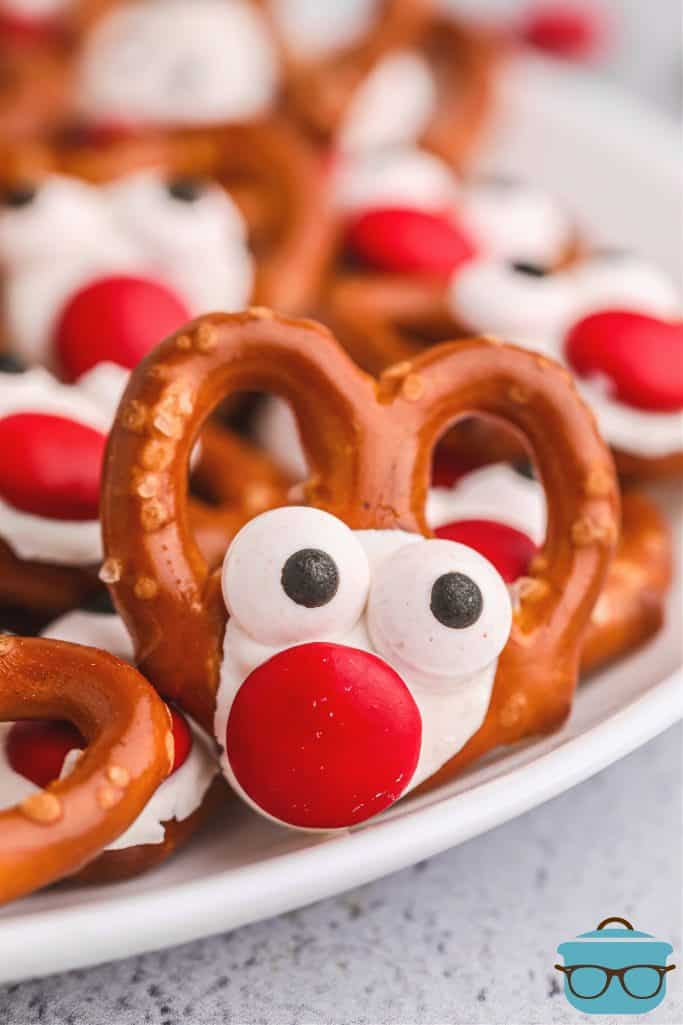 closeup photo of candy coated pretzel
