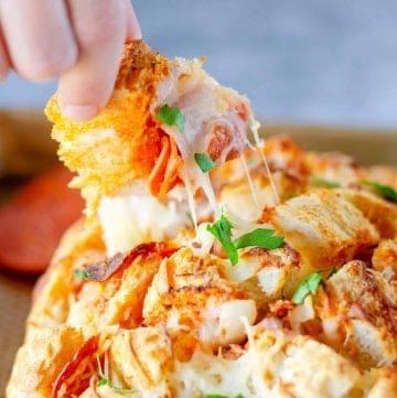Cheesy Pepperoni Pizza Bread recipe