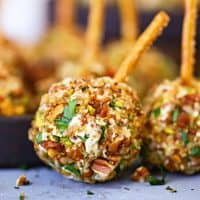 Easy Mini Cheeseballs Appetizer recipe from The Country Cook
