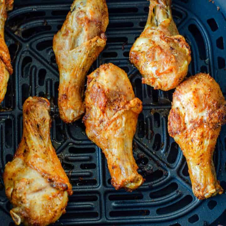 Air Fryer Chicken Drumsticks recipe from The Country Cook