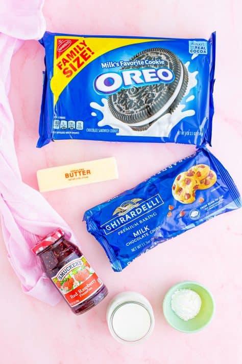 Ingredientes para torta de chocolate de framboesa fácil