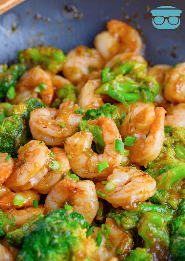 Finished One Pan Shrimp and Broccoli in pan