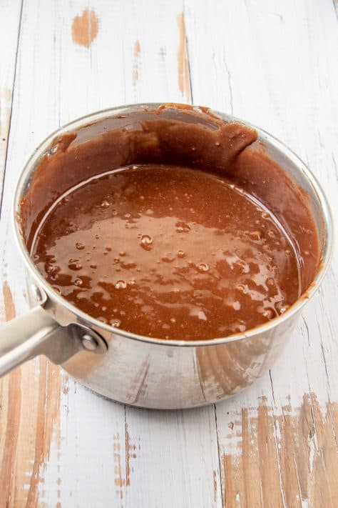 Mixed together cake batter in sauce pan