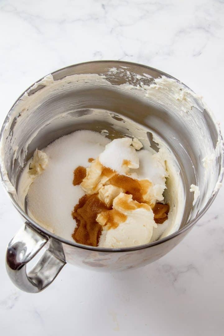 Sugar and vanilla added to cream cheese.