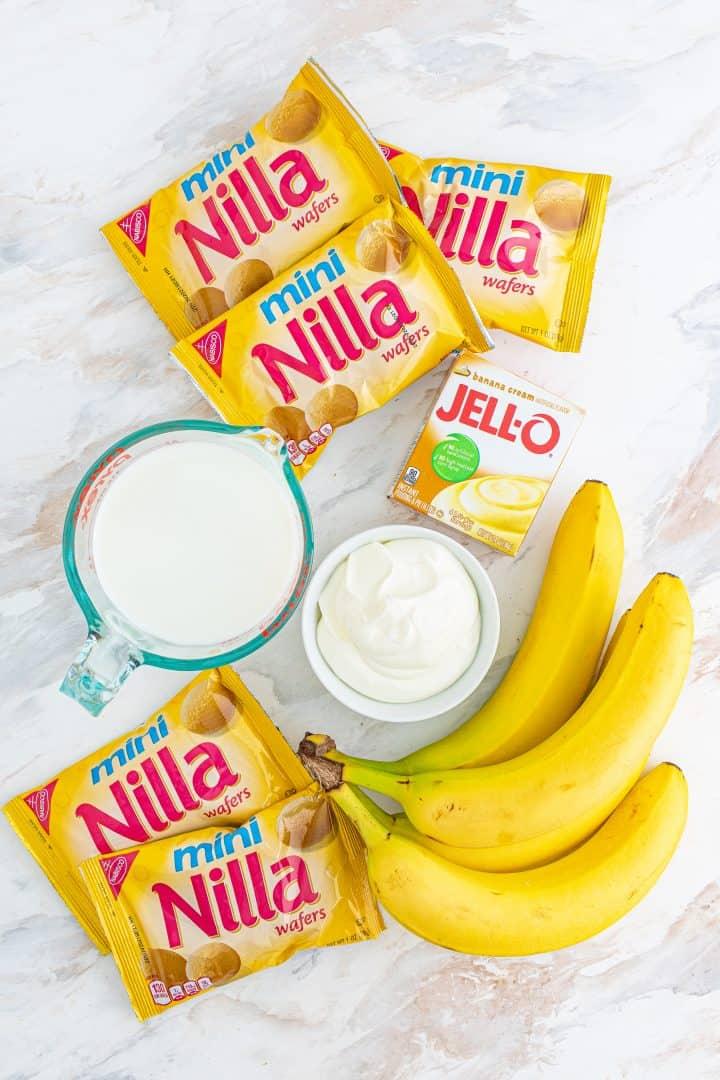Ingredients needed: banana cream pudding, milk, mini nilla wafers, whipped cream and banana
